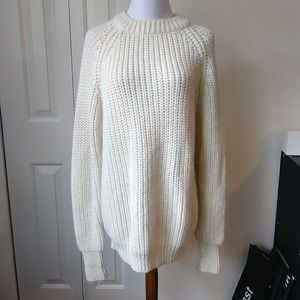 Vintage cream colored thick cozy slouchy sweater